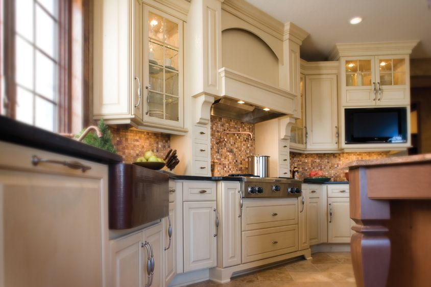 Best Crestwood Cabinetry Arcadia Classic Door Style Maple 400 x 300