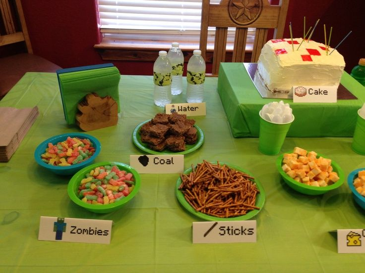 minecraft party food | Minecraft birthday party food pretzels for ...