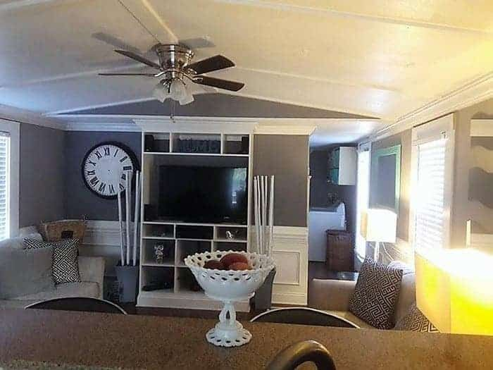 25 Awesome Single Wide Mobile Home Living Rooms   Mobile home living, Single wide mobile homes ...