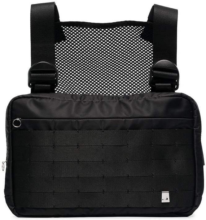 6171293aafd5 1017 Alyx 9Sm black Marsupio chest rig bag   bag in 2019   Chest rig ...
