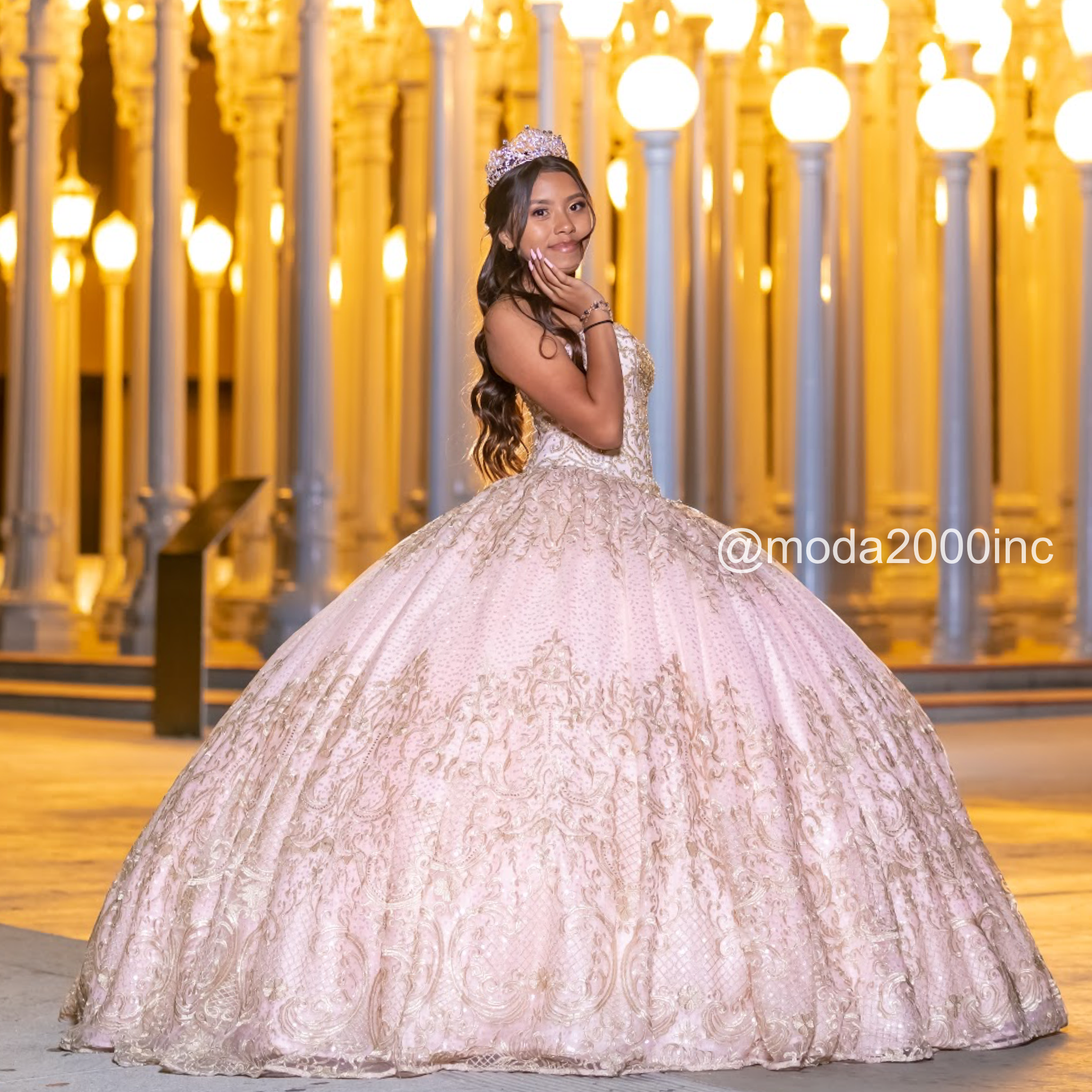 Beautiful Sweetheart Styled Blush Pink With Gold Squince Dress In 2021 Satin Homecoming Dress Pretty Quinceanera Dresses Quincenera Dresses [ 2048 x 2048 Pixel ]