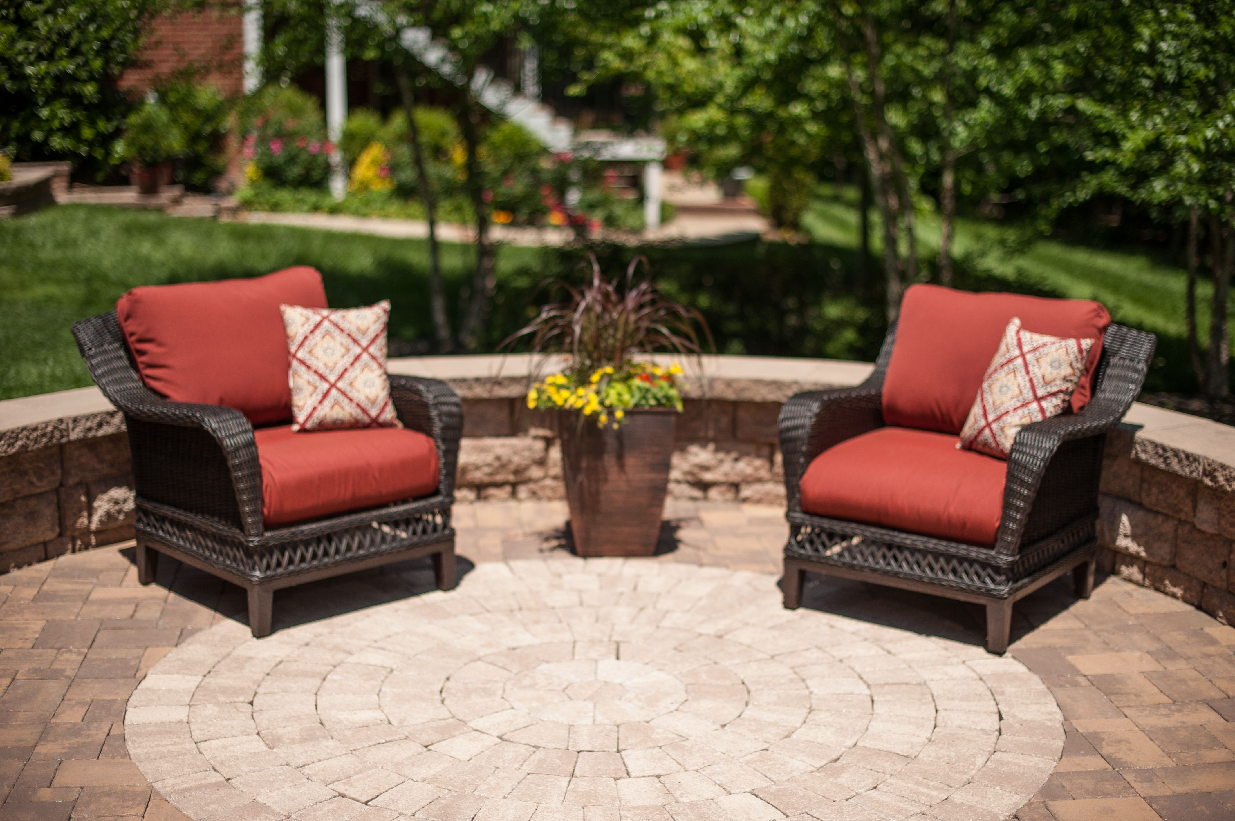 Eagle Bay Hardscapes Are Beautiful And Built For Relaxation Patio Inspiration Outdoor Furniture Sets Concrete Paver Patio