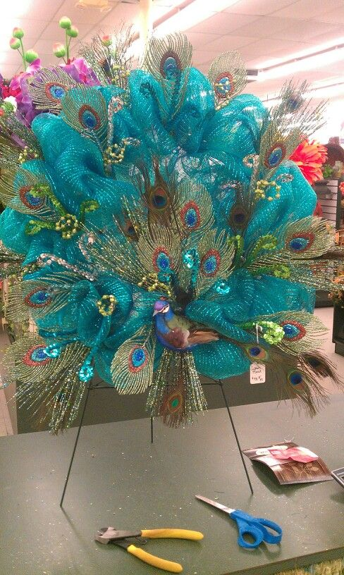 Peacock deco mesh wreath wreaths Pinterest Deco mesh, Wreaths