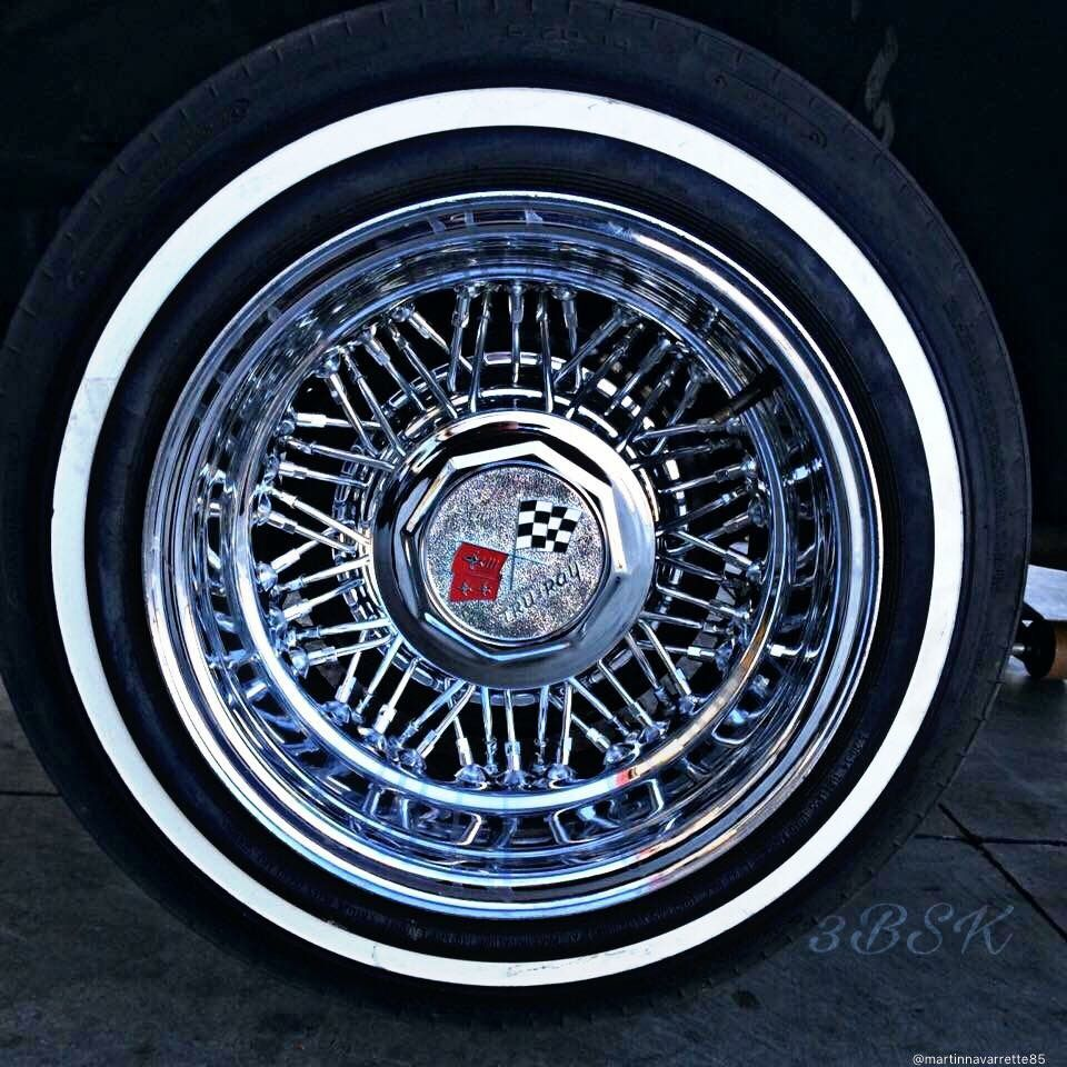 Lowrider rims 4 sale - True Spoke Tru Ray On Thin White Wall S