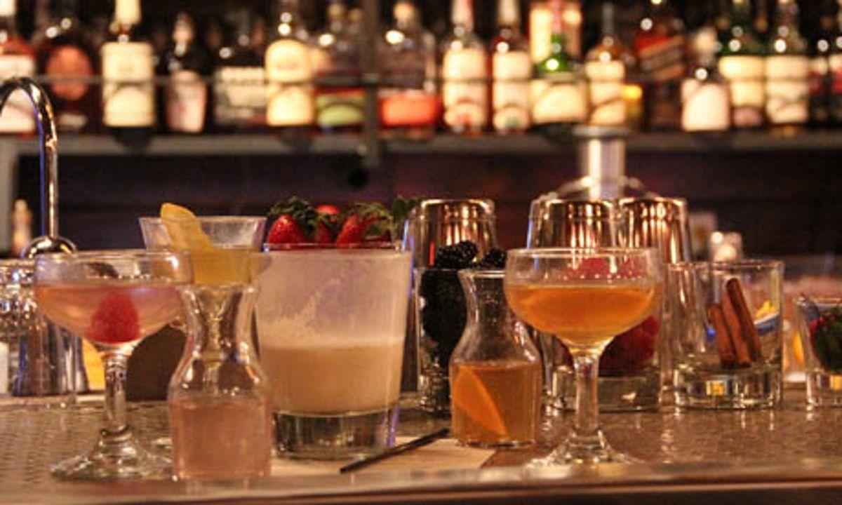 Top 10 bars in Philadelphia | Bars in philly, Philadelphia ...