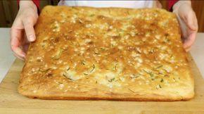 come preparare la focaccia al rosmarino semplice e veloce, focaccia salata genuina fatta in casa con ingredienti semplici