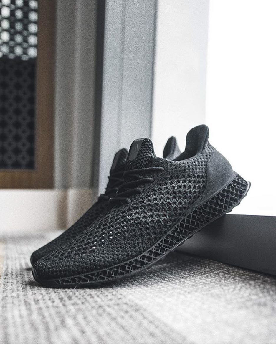 "newest 104df dd15d Gefällt 773 Mal, 16 Kommentare - Sneakers Magazine (sneakersmag) auf  Instagram ""What a beast! The all black adidas Futurecraft 4D is so  beautiful!"