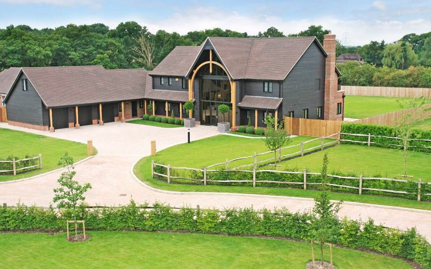 Britain 39 s 20 best barn conversions country homes Converted barn homes for sale in texas