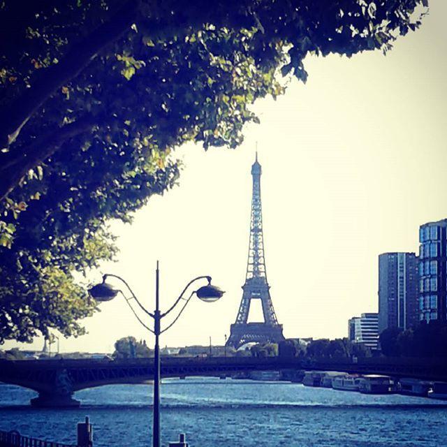 Bonjour Paris.....Pont Mirabeau  #toureiffel#promenadeparis#seine#joannaartland#pontparis#parisbridge#pontmirabeau#vuparis#parispromenade#parisriver#parismylove#goingtoparis#dreamparis#paris #parisjetaime #topparisphoto #monparis #parispromenade #unjouraparis #loveparisphoto #architecture #topparisphoto #parispics #beatifullparis #capitale #paryz #parigi #monparis #parispromenade #unjouraparis #loveparisphoto #doitinparis #eiffeltower#eiffeltowerview #toureiffeil