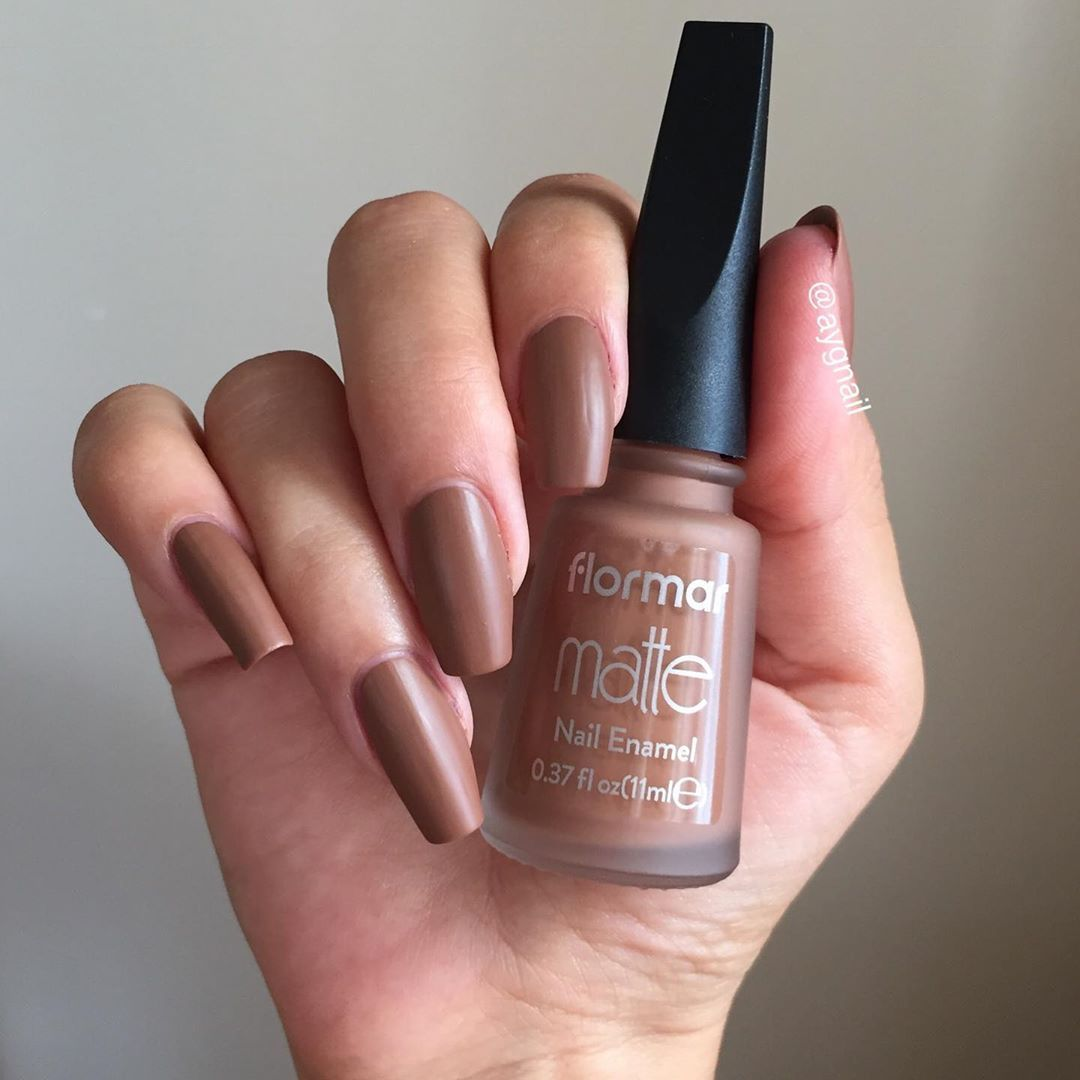 Flormar Matte M40 Amber Sutlu Kahve Bu Oje Kahve Severler Icin Gelsin Flormarturkiye Nailart Brown Nails Nails Brown Nails Design