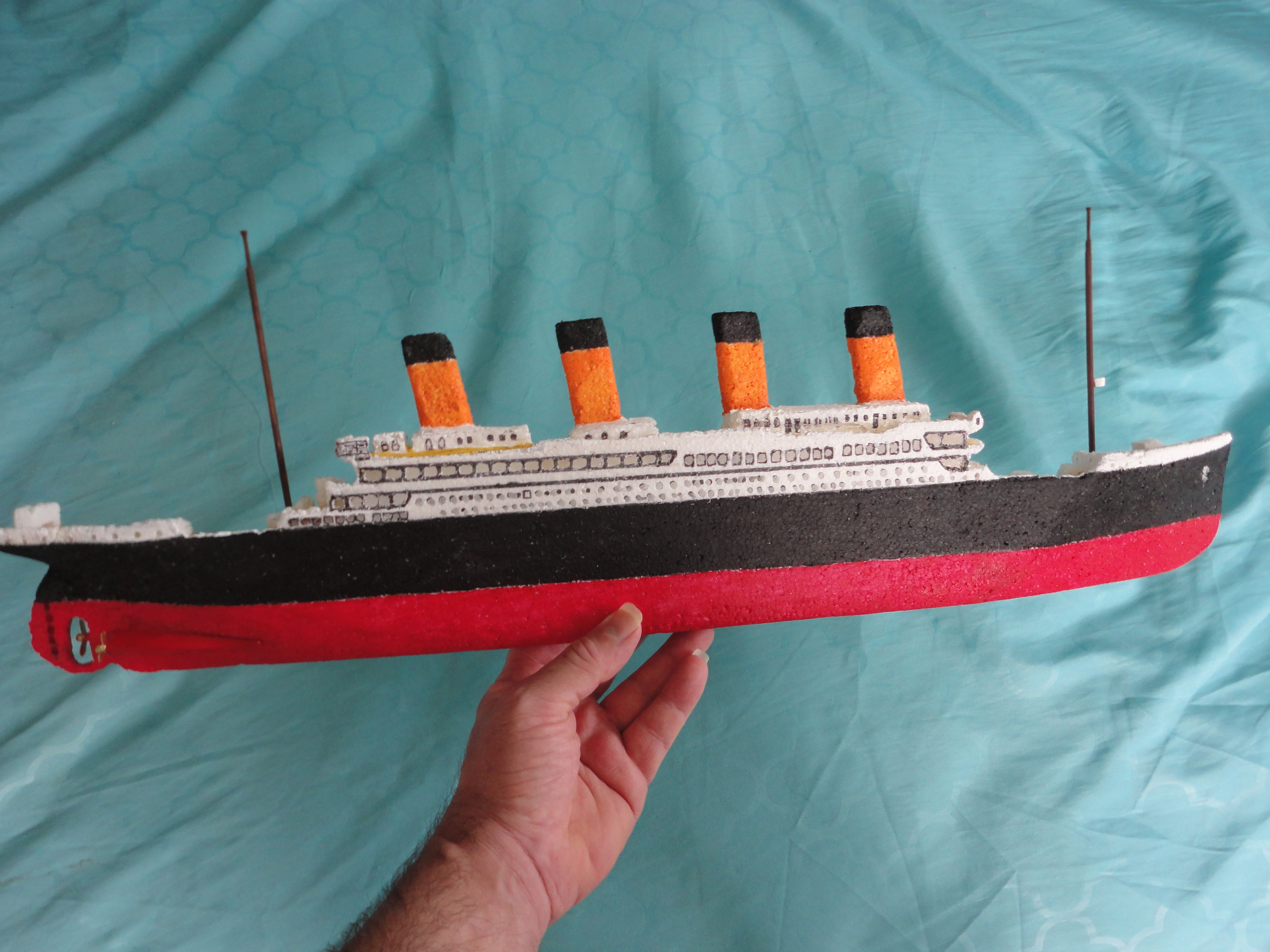 Model Titanic Handmade in: styrofoam, Wood and Cardboard. | Hobby Collection - Toy and Model