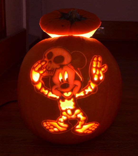 Disney Themed Jack-O-Lanterns To Get You In The Halloween Spirit | + ...
