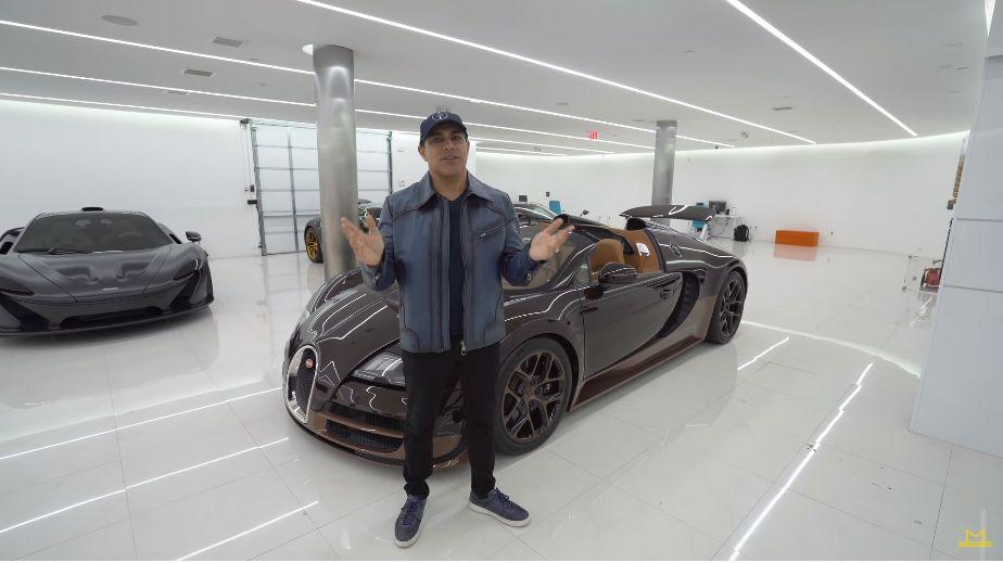 動画 ブガッティ ヴェイロンを2台所有するオレが維持費を語るぞ オイル交換は毎年275万円 タイヤは2年に一回で415万円 ホイール交換は1 6万キロごとに550万円だ ブガッティ ヴェイロン フォードgt