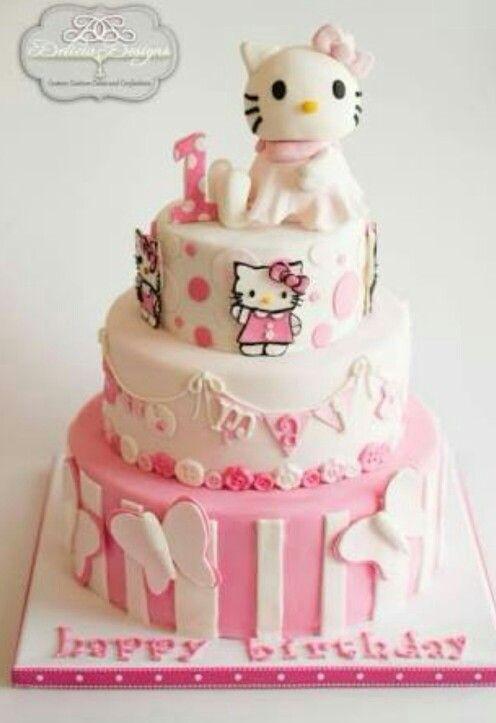 Idee Von Patricia De La Torre Aceves Auf Hello Kitty Cakes Hallo