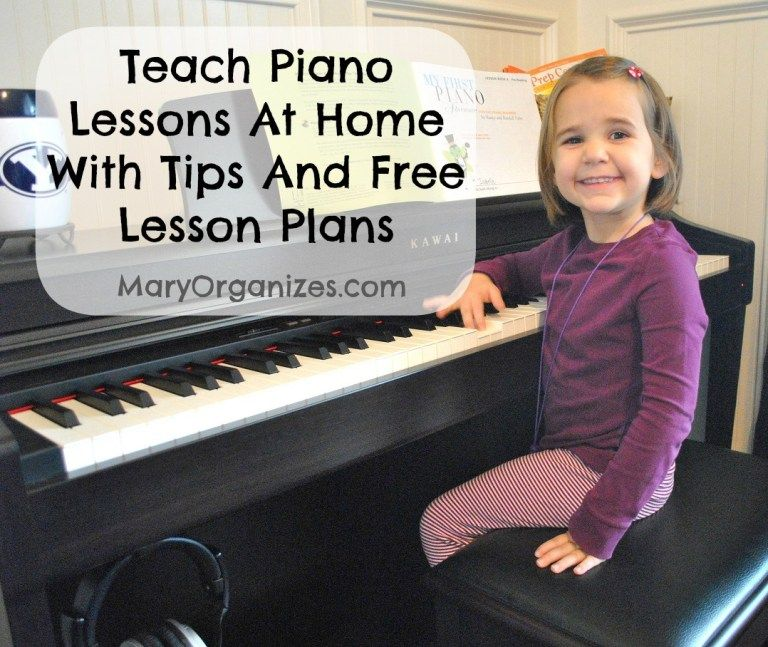 How To Teach Piano Lessons At Home With Free Piano Lesson Plans is part of Free piano lessons, Teach piano lessons, Piano teaching, Learn piano, Music lessons, Piano lessons for kids - Last year, I posted about teaching piano lessons at home  I h ad no idea that people would be so interested! I just thought I was sharing something helpful