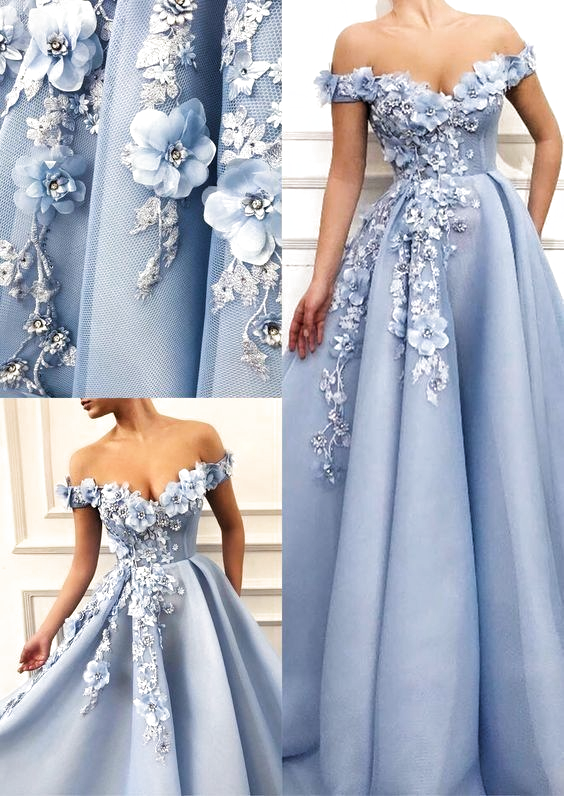 Pin by Maria on kjoler   Beautiful prom dresses, Floral ...