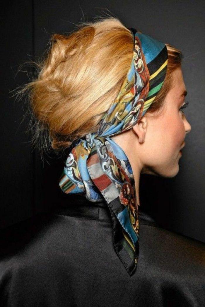 76 Ideen Und Inspirationen Fur Bandana Frisuren Archzine Net Frisuren Mit Bandana Haarband Frisur Hippie Frisur