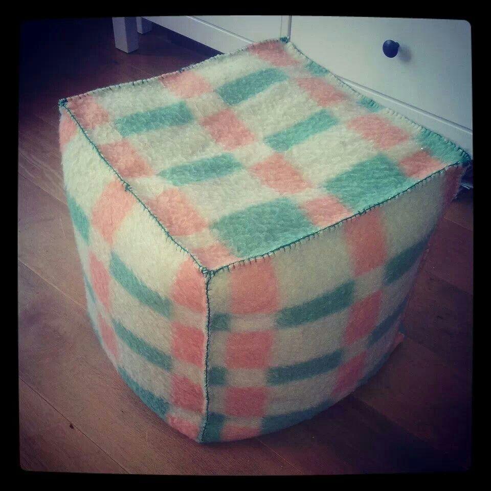 Van oude wollen deken upcycling blanket sewing en for Quilt maken met naaimachine