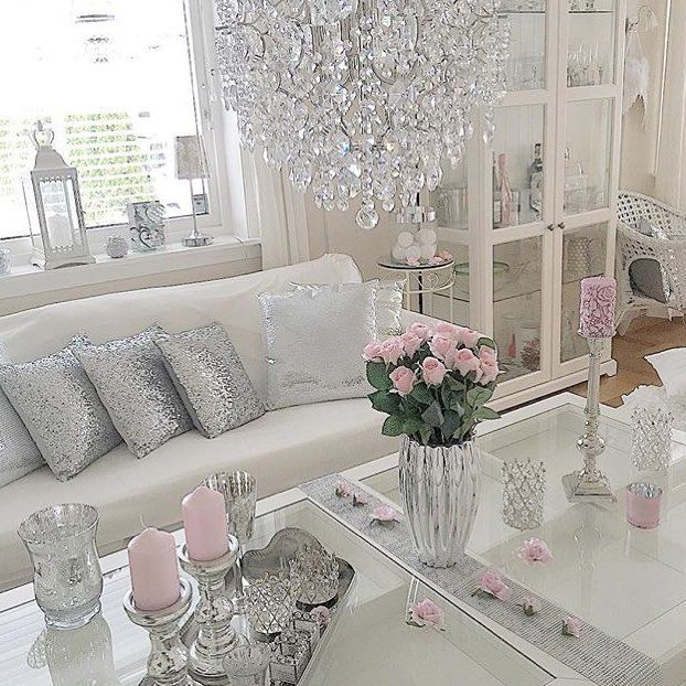 Cute Feminine Decor Ideas For Walk In Closet With Makeup Area Shabby Chic Living Room Chic Living Room Shabby Chic Bedrooms