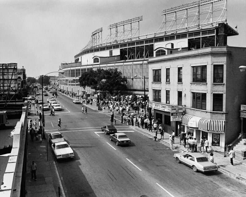 The view from the Addison Red Line L stop, looking west down Addison Street with Wrigley Field on the right. September 21, 1989 Learn more about the Chicago Cubs baseball team and Wrigley Field. To...