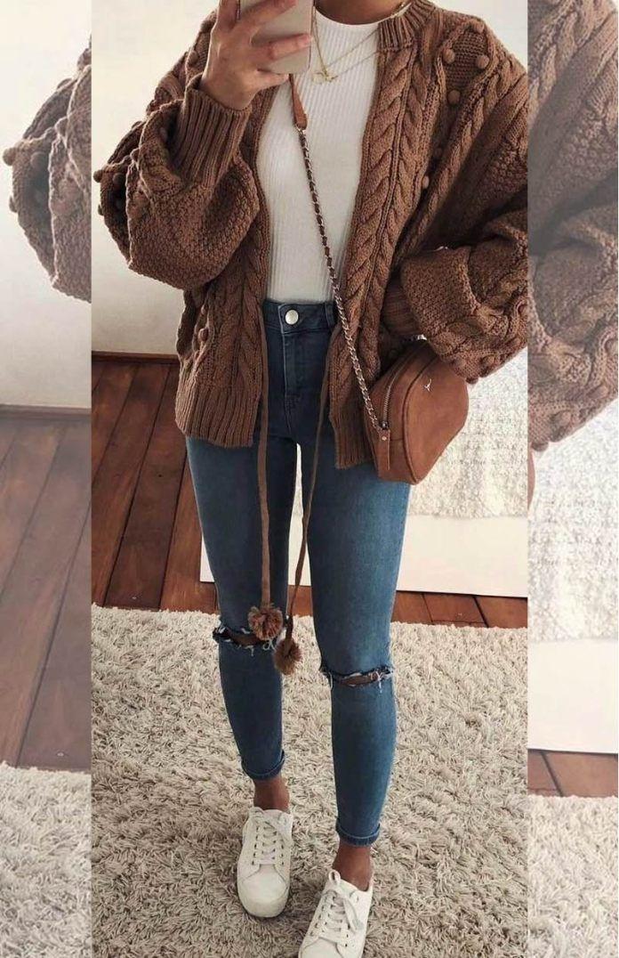 Photo of Jeans strappati per la stagione fredda: i modelli più belli e come indossarli