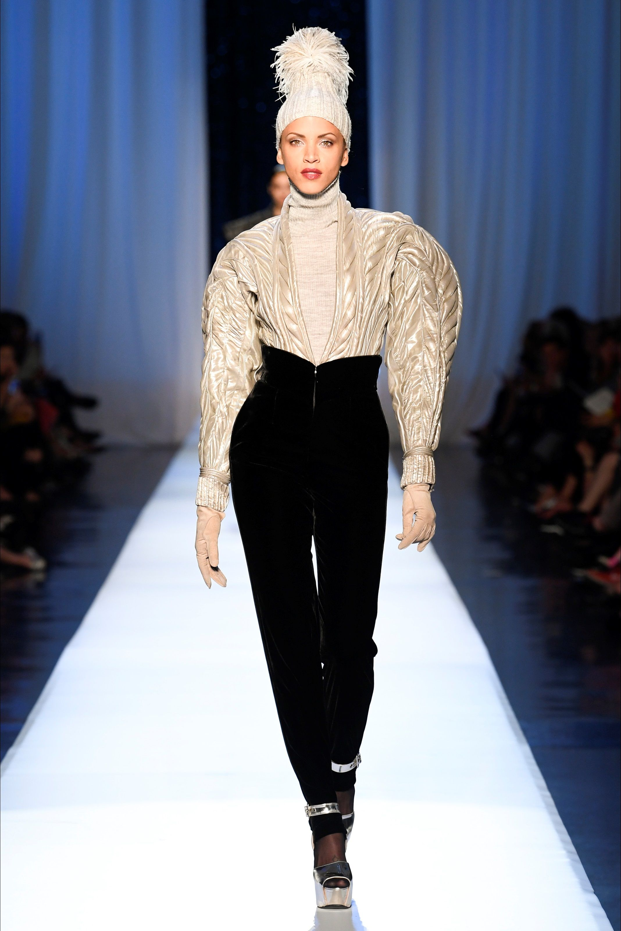 quality design d259a cac54 Sfilata Jean Paul Gaultier Parigi - Alta Moda Autunno ...