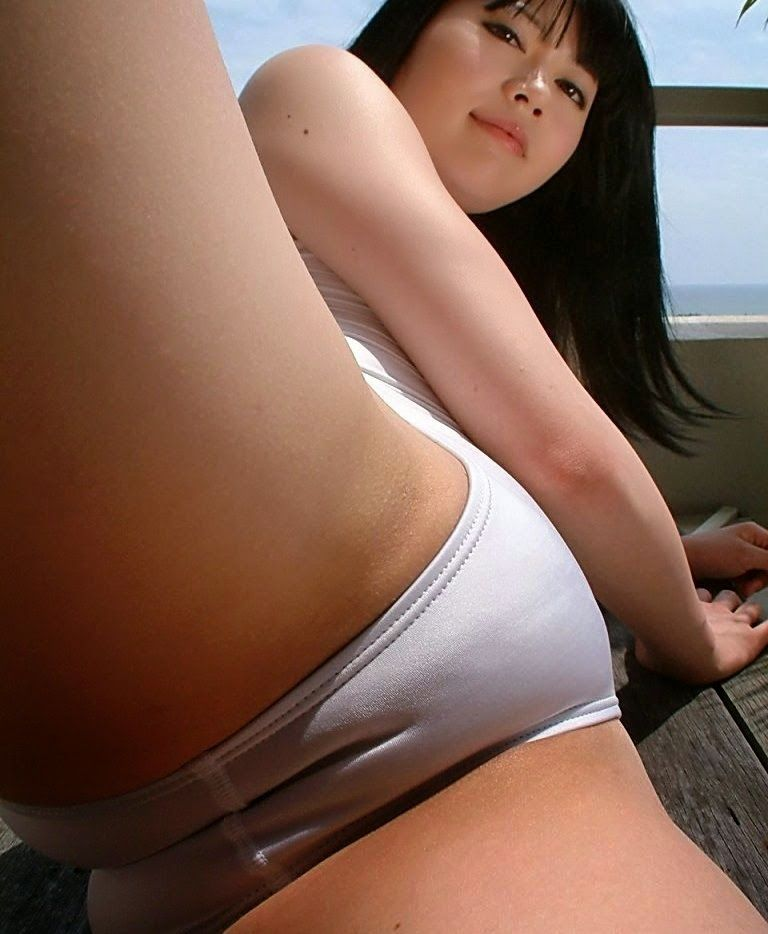 japanese swimsuit tease