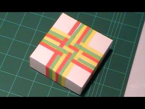 Envolver regalos de forma original con papel entrelazado Tutorial
