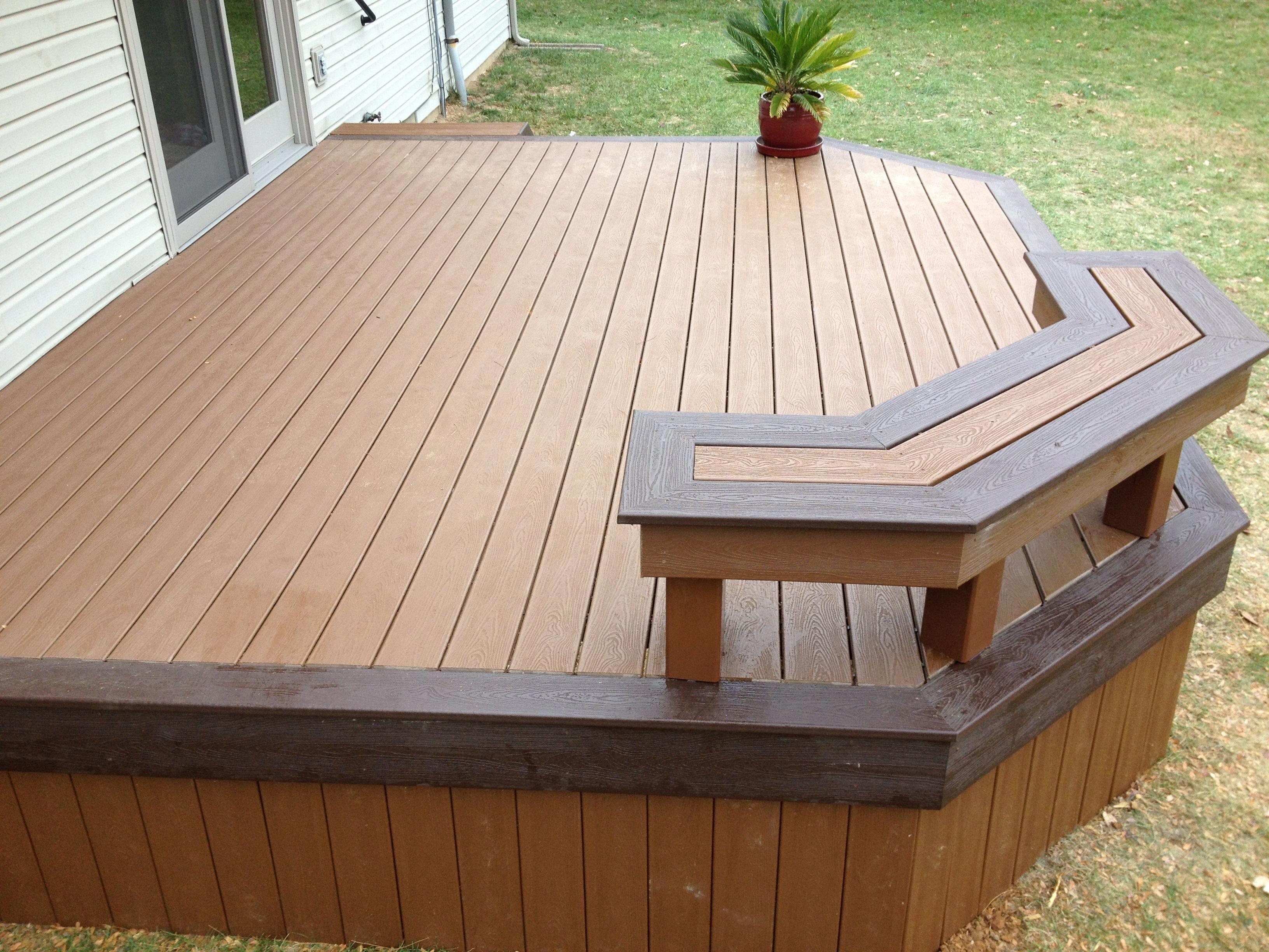 Treehouse Deck With Vintage Lantern Accents And Custom Bench Backyarddeckideasthefamilyhandyma Deck Designs Backyard Concrete Patio Designs Patio Deck Designs