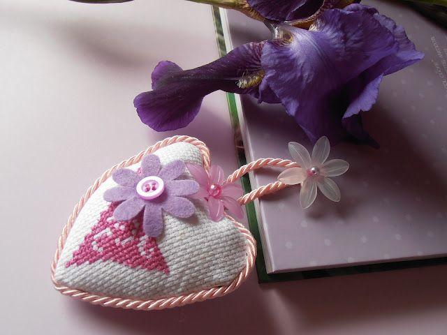 little floral heart