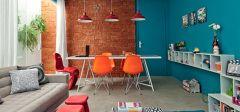 http://casa.abril.com.br/materia/sala-de-estar-e-jantar-unidas-coloridas-descoladas?