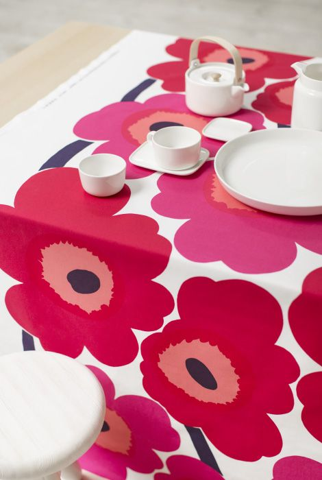 #marimekko #dishtowel #unikko #red #white #cotton 32,50€ in our shop https://www.goodshaus.com/MARIMEKKO-Geschirrtuecher-Unikko-2er-Set-Weiss-Rot