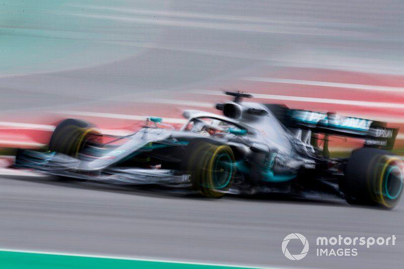 Lewis Hamilton dc48db3a5