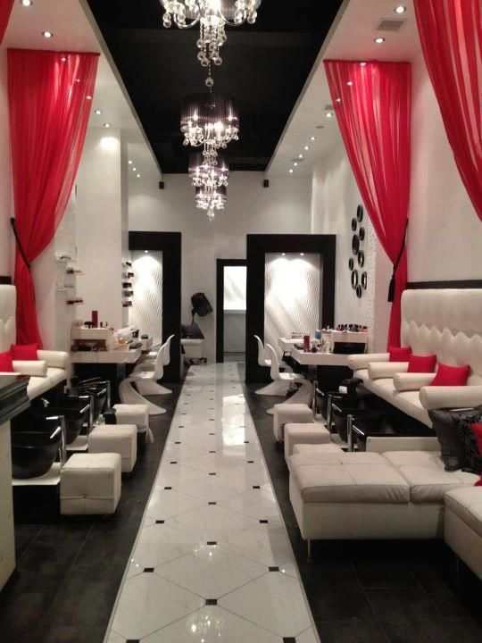If There Was To Ever Be A Full On Rumour Has It Nail Salon This Is What Would Look Like L Tondreau