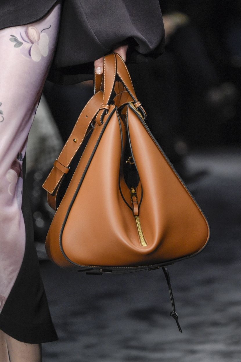The Best Bags from the Fall 2017 Runways | Burberry ...