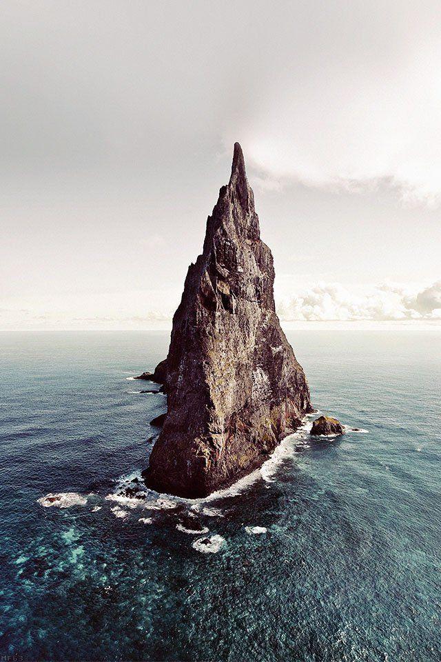 FreeiOS7 - mf63-island-of-lonely-papillon-sea-ocean-nature
