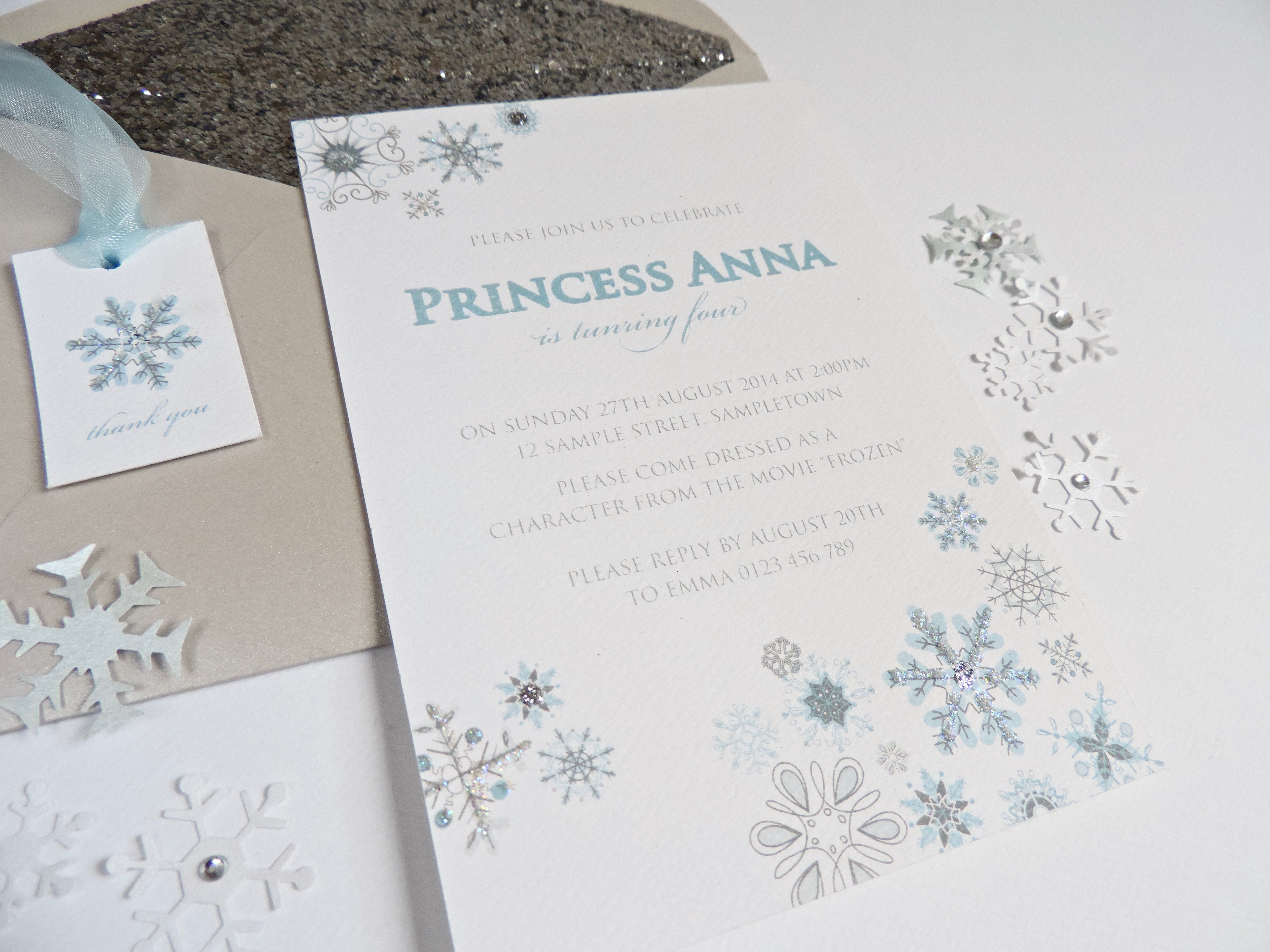 Frozen snowflake invitation. Perfect for kids party for frozen theme. Designed by and available from www.emmasmith.com.au