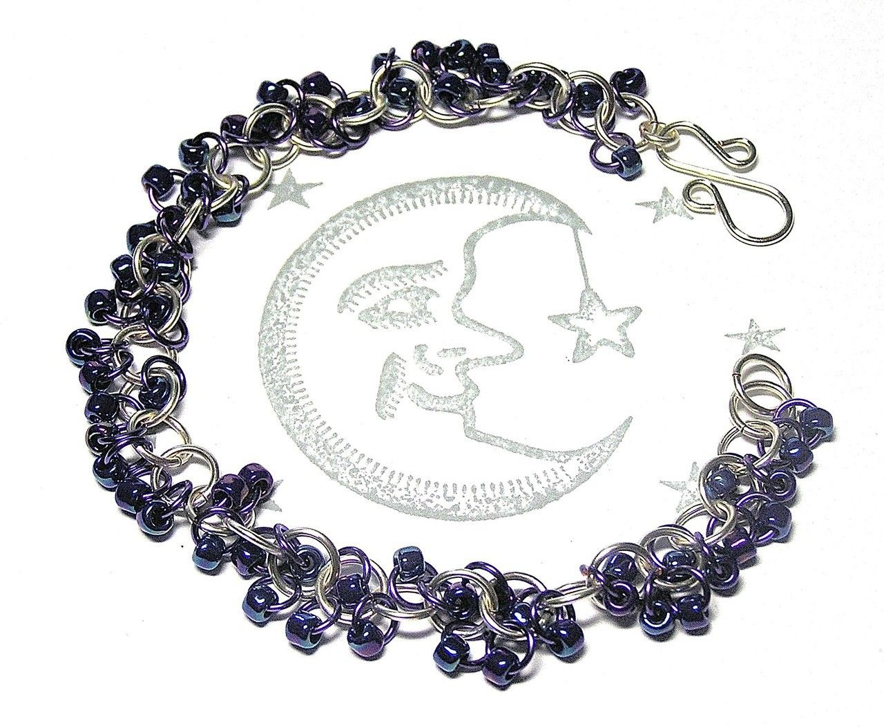 Chainmaille Bracelet - Shaggy Loop Weave in Silver / Purple with Iridescent Blue / Purple Beads - Enchanted Moon