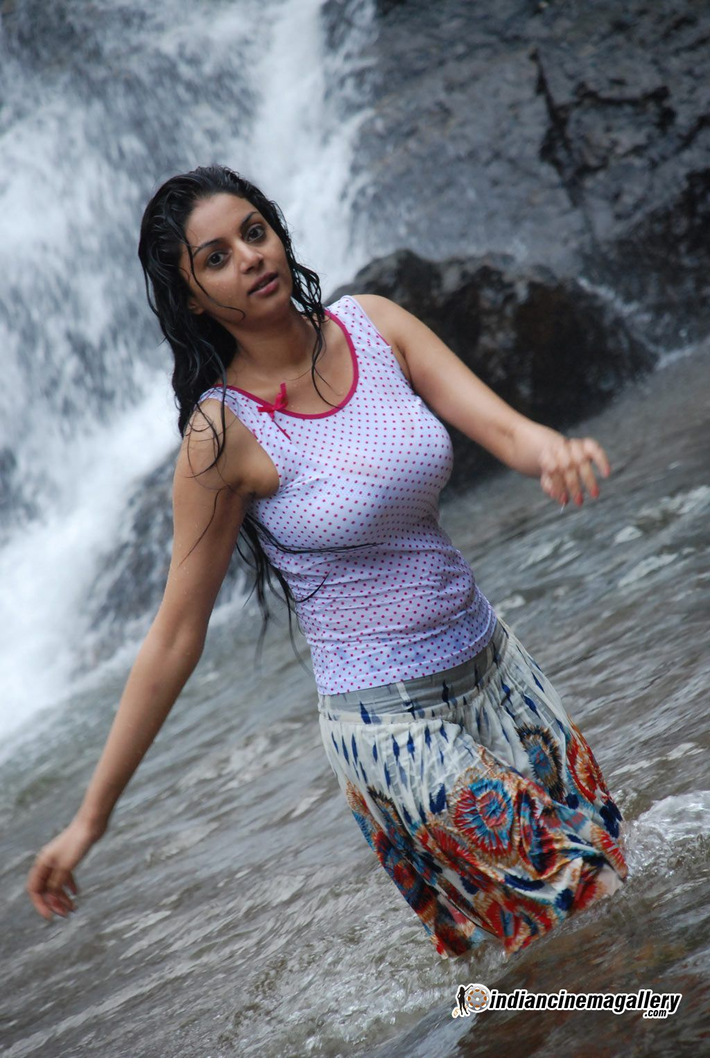Pin by I INSTM on India | Hot actresses, Sexy, Tamil movies