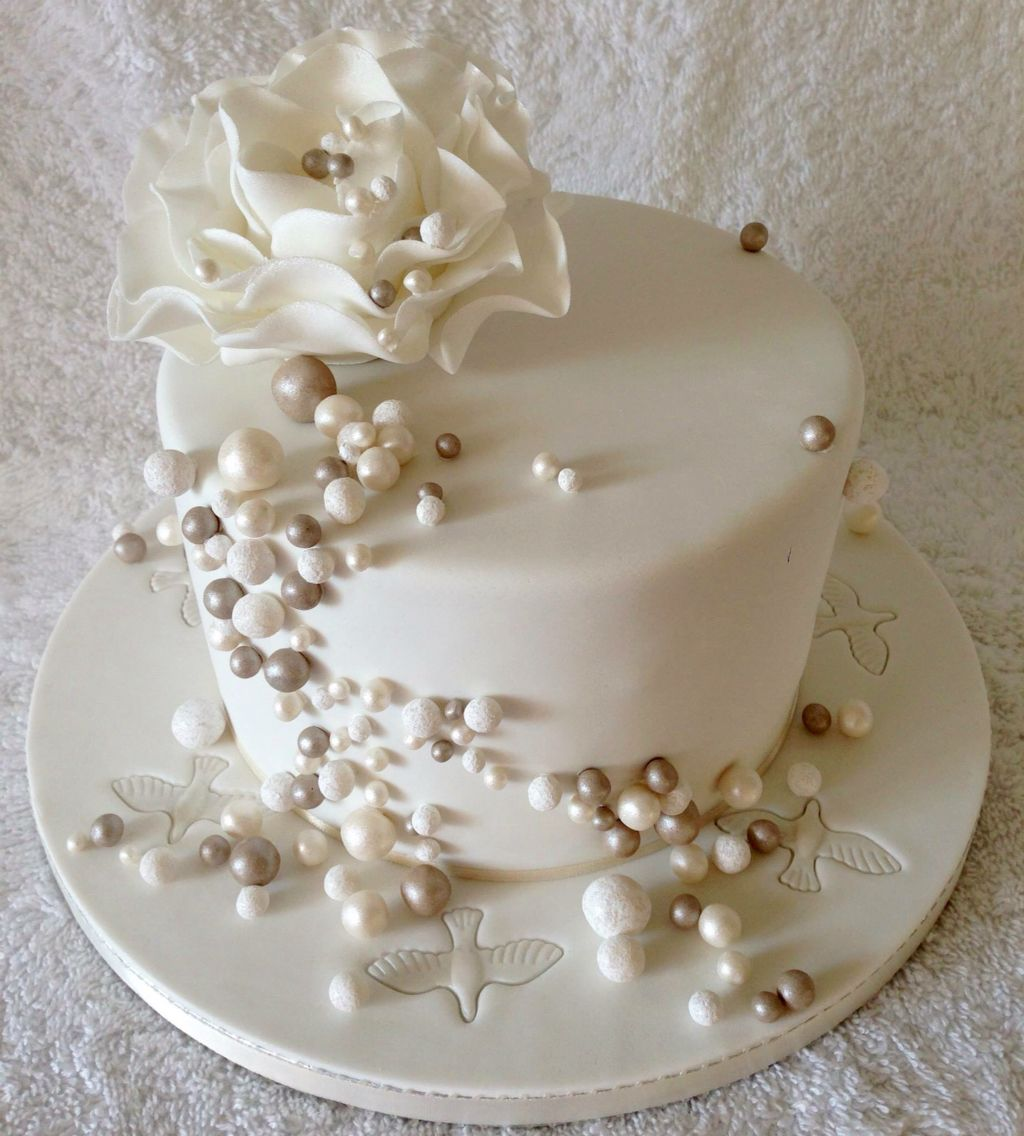 Pin On Wedding Anniversary 2020: Pearl Wedding Anniversary Cake In 2020