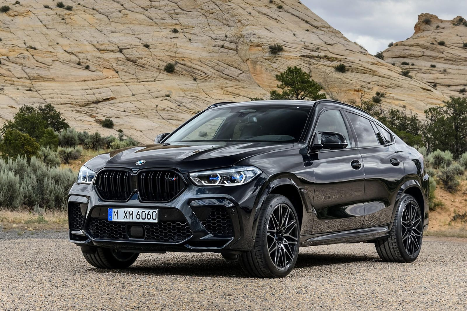 2020 Bmw X6 M First Drive Review It S The Flashy One Bmw S
