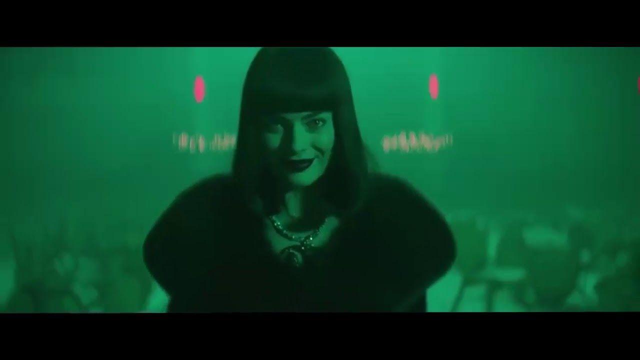 Terminal Hd 2018 Film E Trailer Completo Ita Joker Dark Knight Pop Art Fashion Margot Robbie