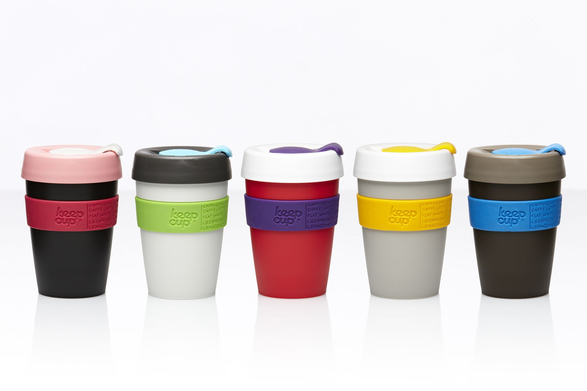 KeepCup is the perfect coffee mug. It looks like disposable cup of coffee, keeps your coffee warmer for longer, is anti-spill, and is eco-friendly!