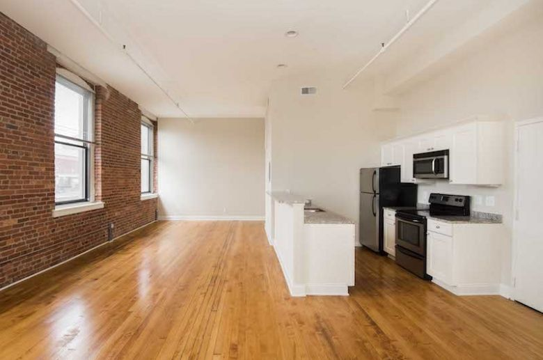 The Greenehouse In Baltimore Md Pmc Property Group Apartments Loft Style Apartments Loft Style Granite Countertops Kitchen