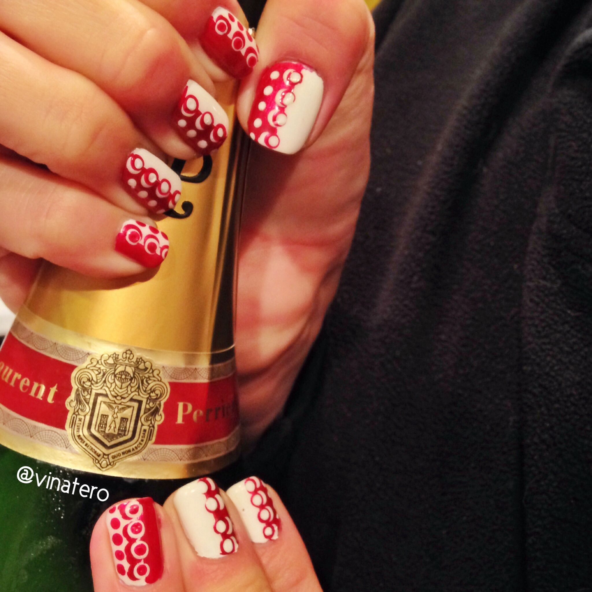 Nails and Champagne! Dotting Tool Nail Art inspired by super easy ...