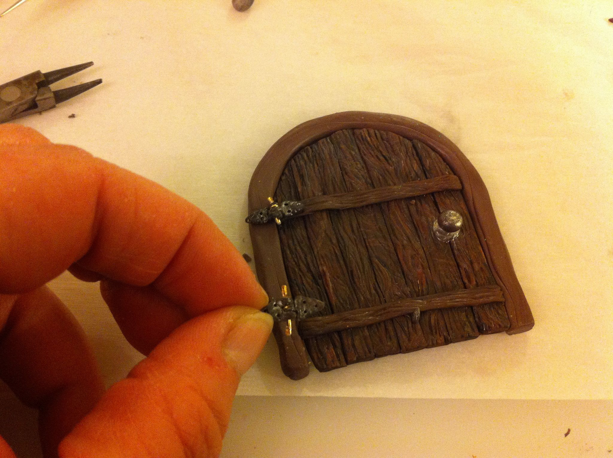 tiny clay \u0026 wire hinges for polymer clay fairy door & tiny clay \u0026 wire hinges for polymer clay fairy door | Polymer clay ...