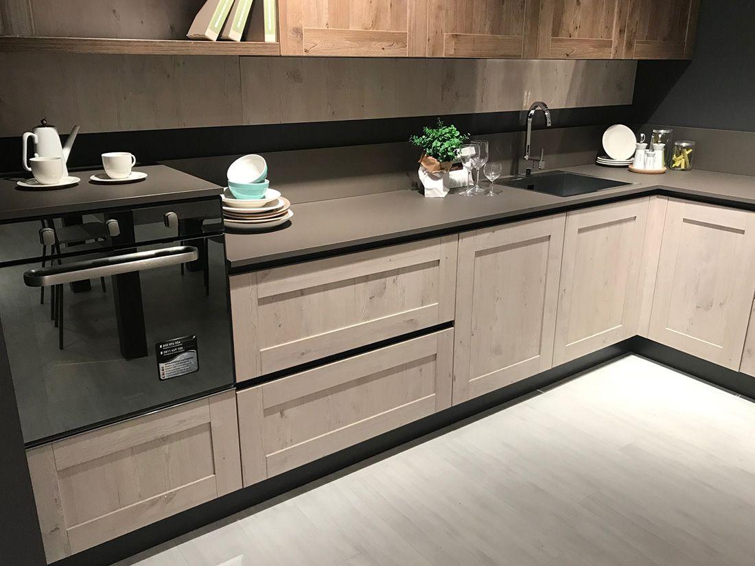 Cucine Moderne Lube 2020.Cucina Creo Mod Kyra Neck Telaio Nel 2019 Idee Per La