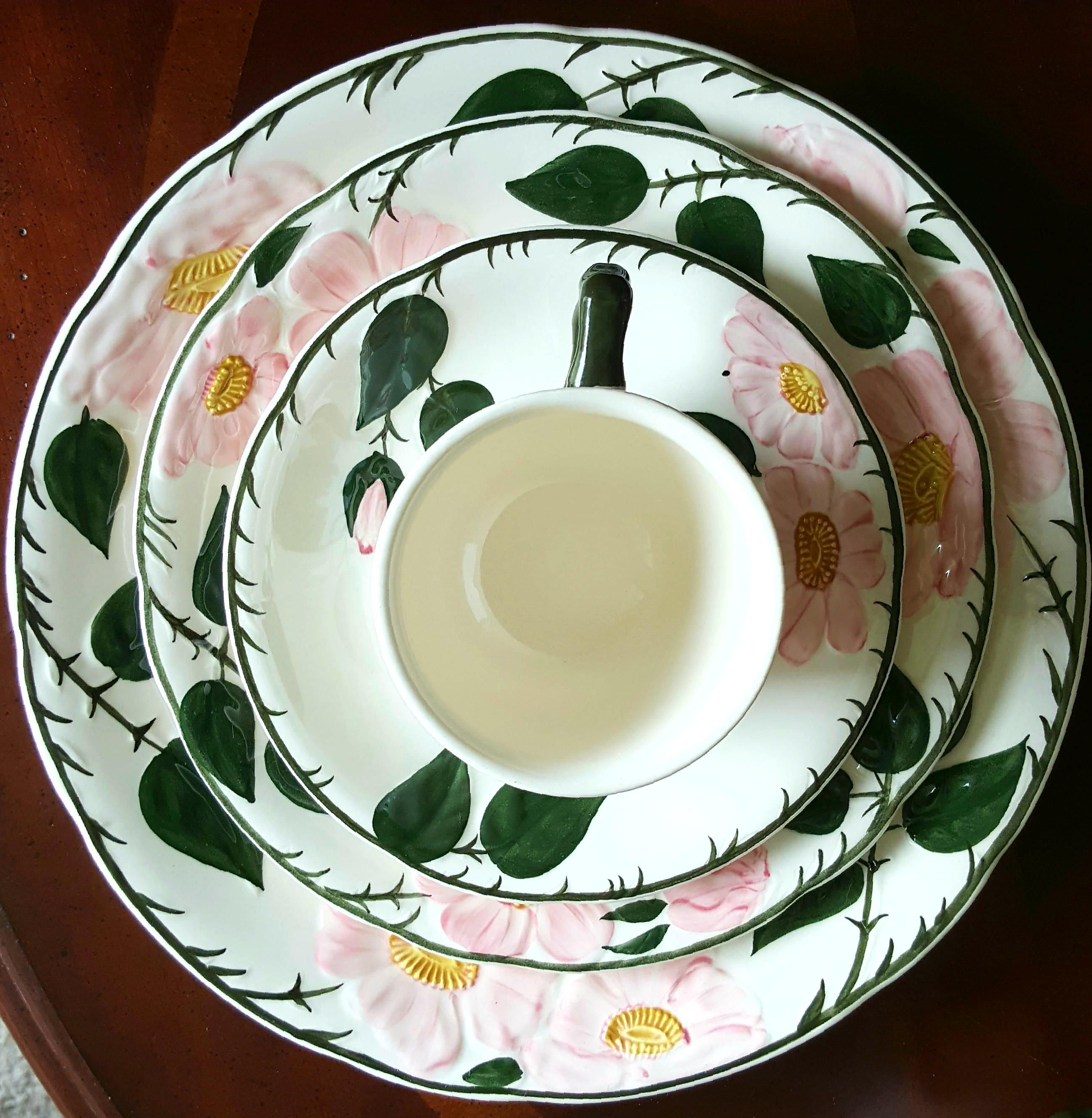 Villeroy Boch China Set 6 Piece Place Setting Wild Rose Collection Tea China Wedding China Replacement China Tableware China Villeroy Boch