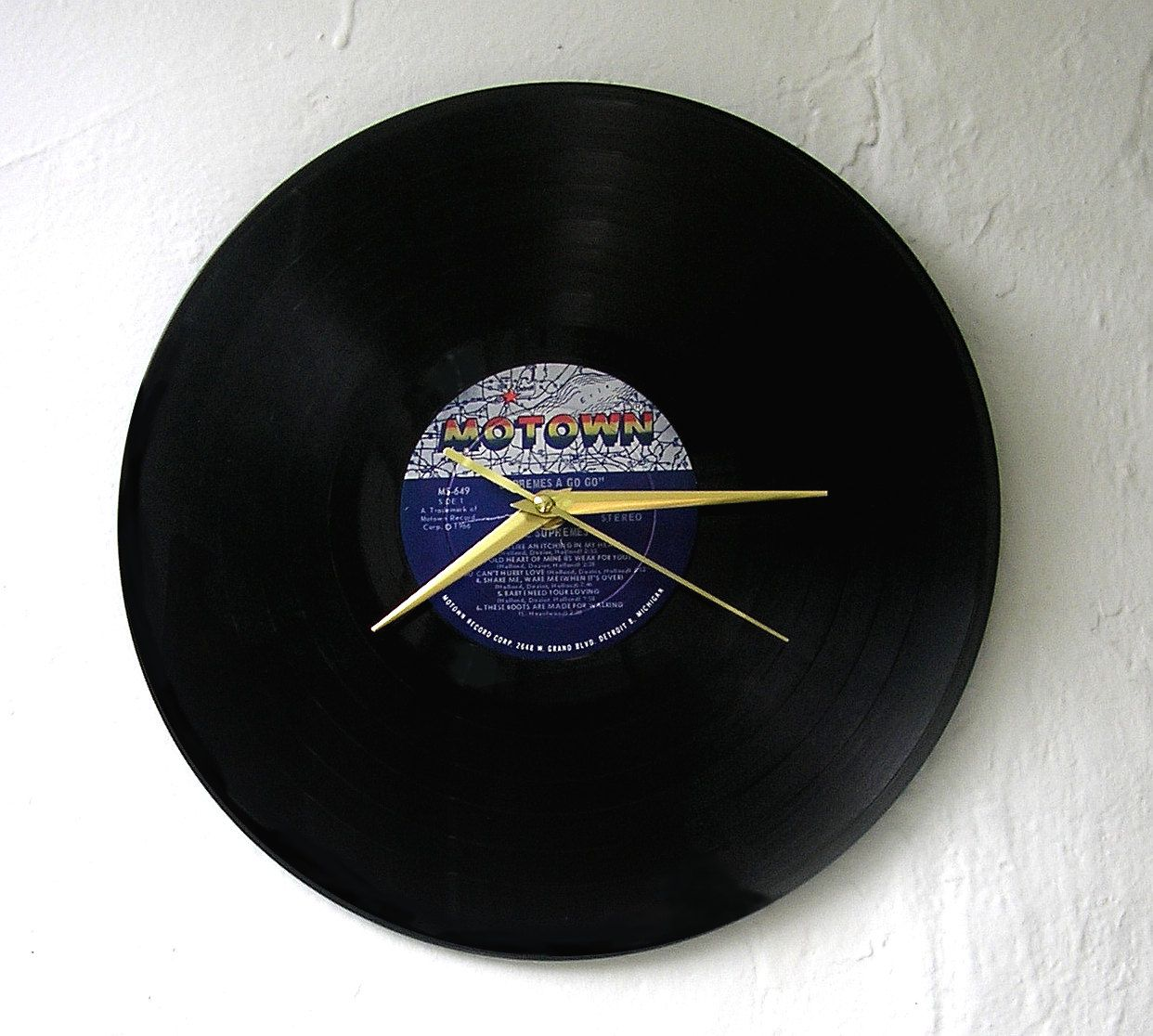Handmade Vinyl Record Clock The Supremes Supremes A Go Go 12 Etsy Vinyl Record Clock Vinyl Records Record Clock