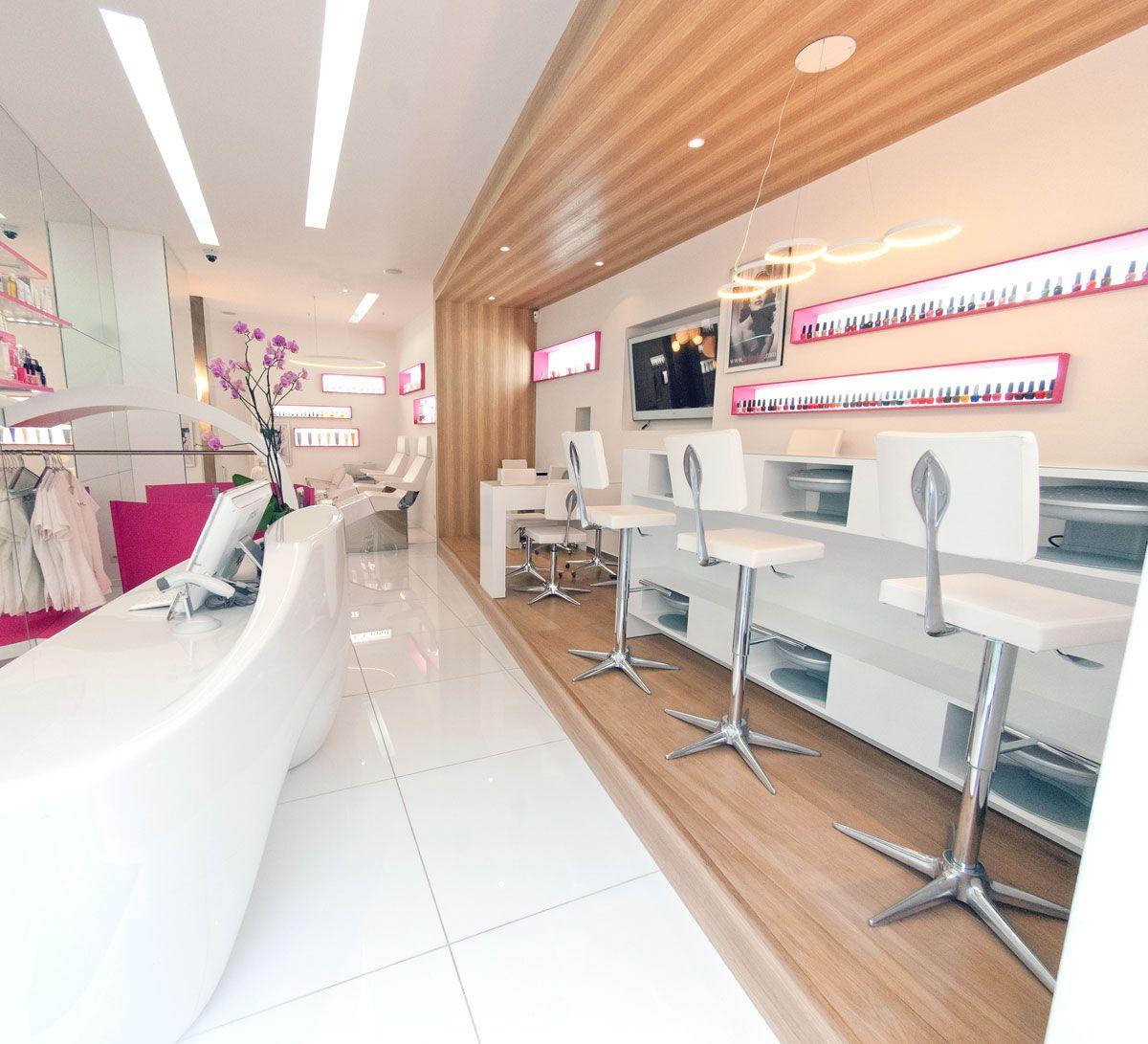 Before Beauty Bar - Paris #SalonIdeas http://www.beforebar.com/